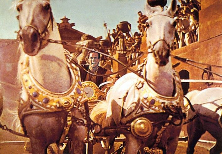 """Deutlich älter, aber nicht weniger erfolgreich war der Historien-Epos """"Ben Hur"""". Allein das legendäre Wagenrennen schrieb Filmgeschichte und die elf gewonnen Oscars vervollständigen die Erfolgsgeschichte."""