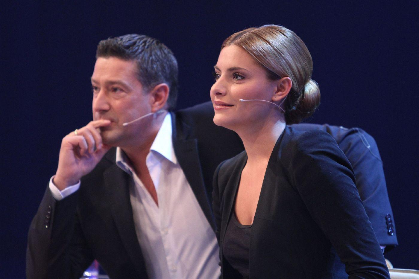 In der dritten Staffel, die im April 2010 ausgestrahlt wurde, tanzte sich Sophia Thomalla (hier mit Juror Joachim Llambi zu sehen) an der Seite von Profi Massimo Sinató zum Sieg.