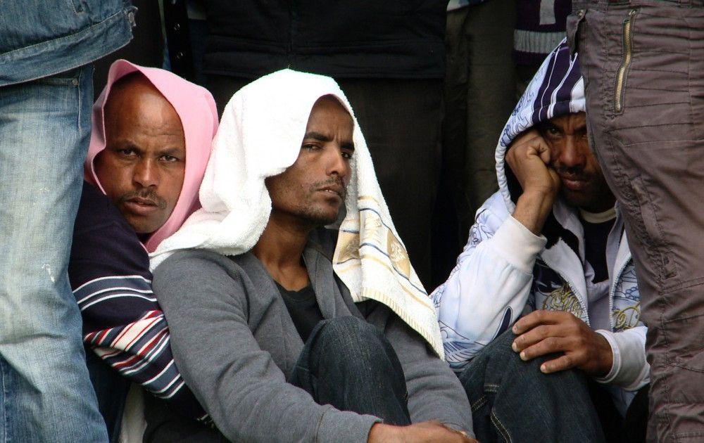 Eritreische Flüchtlinge trauern um ihre Verwandten, die die Folter-Camps an der israelisch-ägyptischen Grenze im Sinai nicht überlebt haben.
