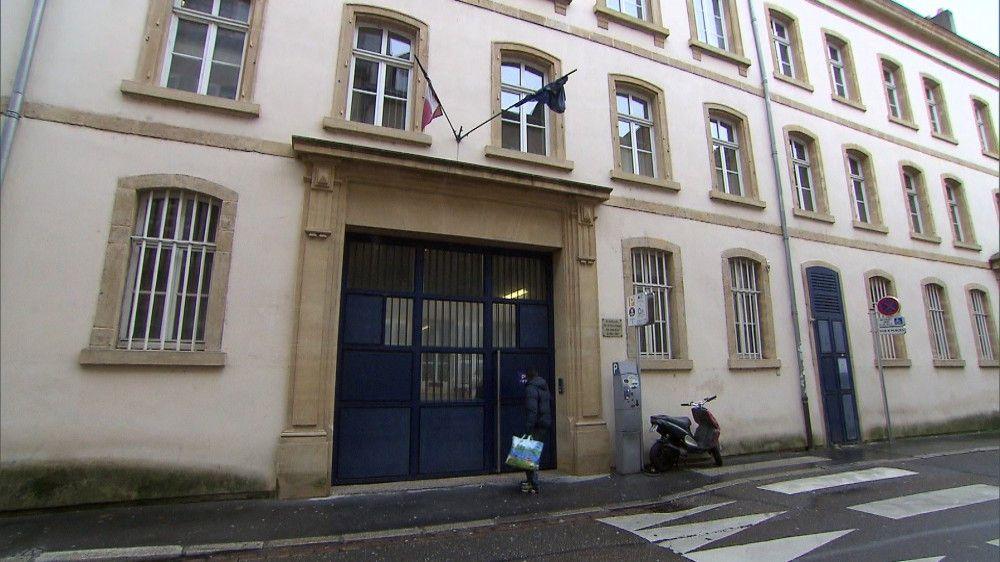 Die Betriebskosten von offenen Gefängnissen sind dreimal geringer als bei geschlossenen Strafanstalten. Doch insbesondere Frankreich, hier in Metz, ist noch deutlich im Rückstand.