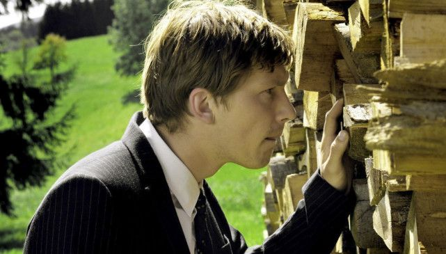 Wie immer neugierig: Jacob Matschenz als Finn