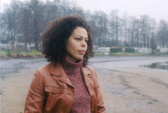 Auf der Suche nach der eigenen Vergangenheit: Nisma Cherrat als Eva