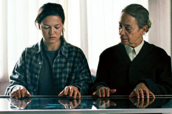 Die Schülerin und ihre Lehrerin: Hannah Herzsprung (l.) mit Monica Bleibtreu