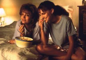 Traute Zweisamkeit zwischen Mutter und Tochter?  Susan Sarandon (l.) und Natalie Portman