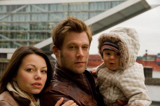 Neue Familie? Mona (Cosma Shiva Hagen), Eddy (Ken Duken) und Baby Bobby (Jonathan Aljoscha Schmidt)