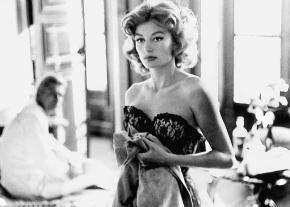 Ich bin zwar schön, warte aber trotzdem auf meine Liebe - Anouk Aimée