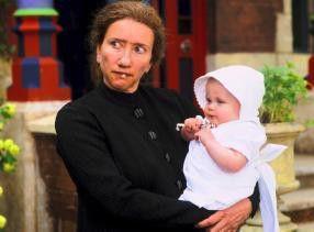 Noch ziemlich hässlich: Emma Thompson als Nanny