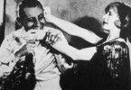 Nur ein bisschen an dem Händchen knabbern - Erich von Stroheim als Lebemann