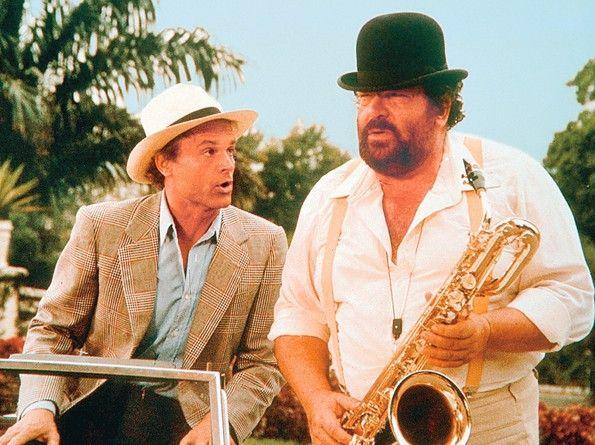 Gleich sprechen die Fäuste: Terence Hill und Bud Spencer (r.)