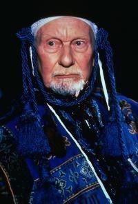 Macht seine Sache gut: Sir John Gielgud als Prospero