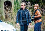 Und wieder wird ein Tatort untersucht - Dr. Tony Hill (Robson Green) und DI Alex Fielding (Simone Lahbib)