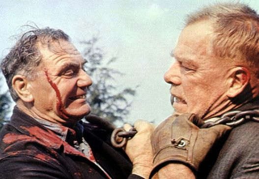 Wer macht hier wen fertig!? Ernest Borgnine und Lee Marvin (v.l.)
