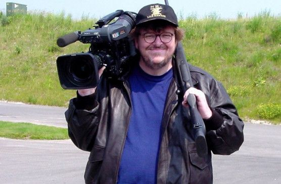 Bewaffnet mit Kamera und Knarre: Filmemacher Michael Moore