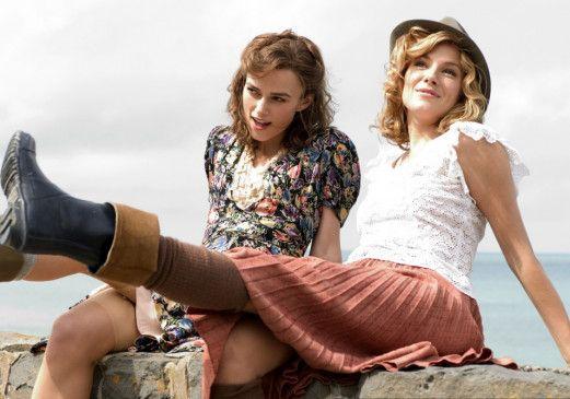Heissa, ist das Leben lustig! Keira Knighley und Sienna Miller (v.l.)