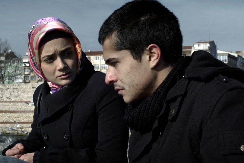 Akins (Ismail Hacioglu) Freundin will nichts mehr von ihm wissen ...