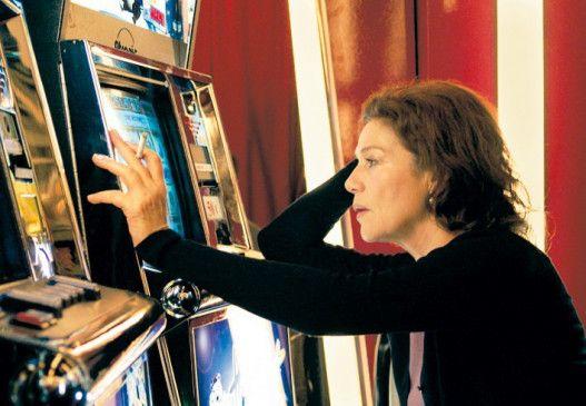 Ich will jetzt den Jackpot! Hannelore Elsner verfällt dem Spiel