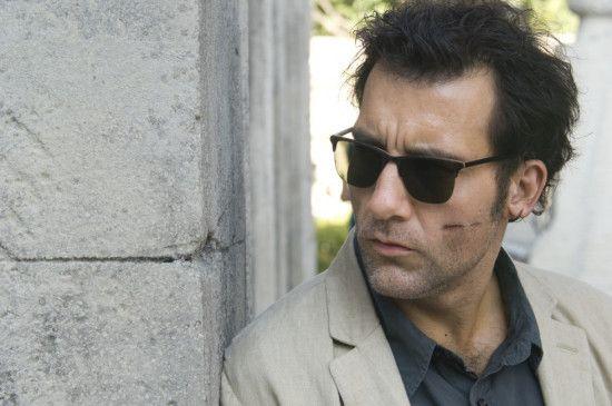 Interpol-Agent Salinger (Clive Owen) ist skrupellosen Managern auf der Spur