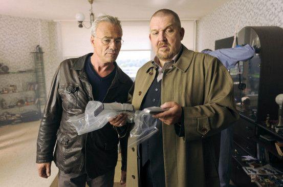Max Ballauf (Klaus J. Behrendt) und Freddy Schenk (Dietmar Bär) auf Spurensuche