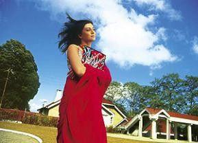 Hoffentlich ist Ram heute wieder da! Amrita Rao als  Sanjana