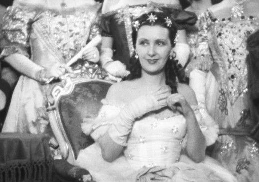 Lil Dagover in der Rolle der Sissi, Kaiserin von Österreich