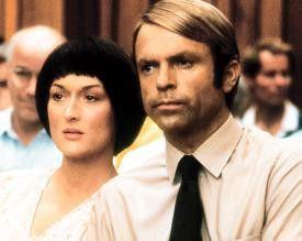 Lindy (Meryl Streep, mit Sam Neill) soll ihr Baby umgebracht haben...