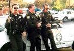 Die drei von der Polizeistelle: US-Cops rüsten sich  für den Alltag