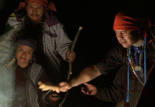 Die Mayas bei einer Zeremonie