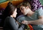 Edward (Robert Pattinson) und Bella (Kristen Stewart) mögen's romantisch