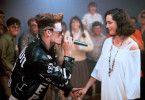 Rapper Johnny (Vanilla Ice) hat sich in Kathy (Kristin Minter) verliebt