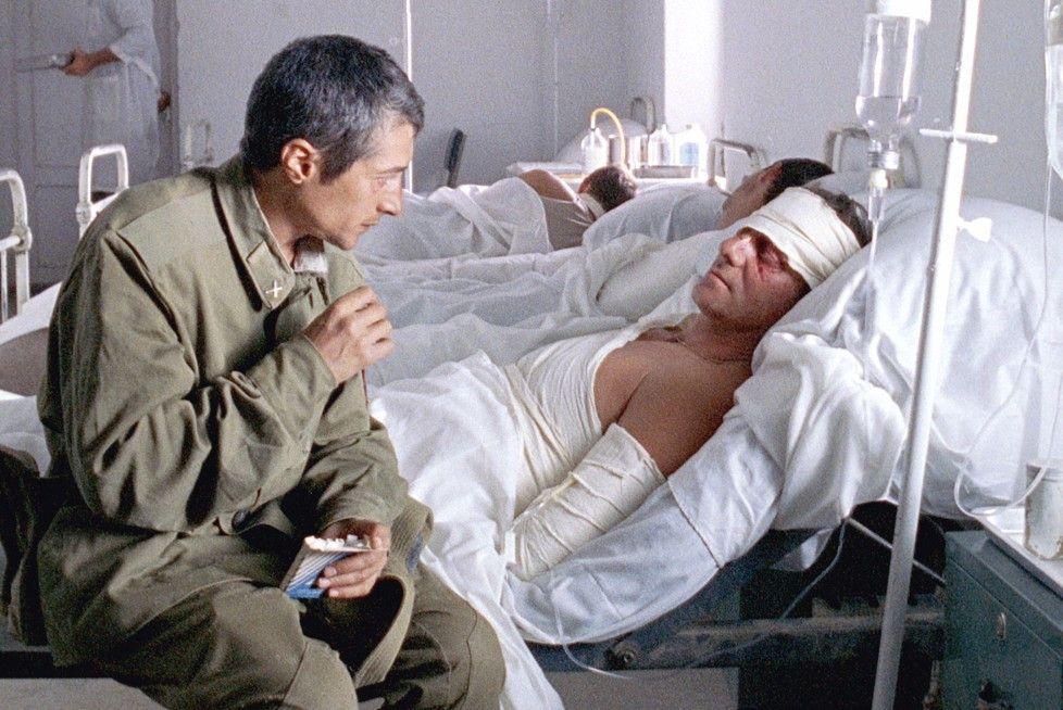 Verletzt im Krankenhaus - eine der Kehrseiten des Krieges
