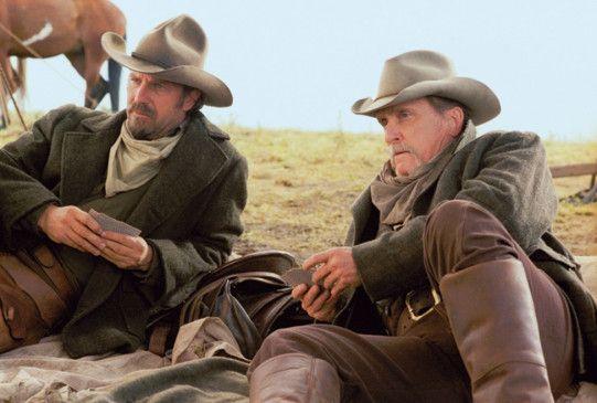 Freunde in allen Lebenslagen: Kevin Costner (l.) und Robert Duvall
