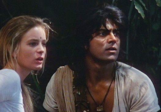 Ada (Gabrielle Anwar) und Tremal (Amerjit Deu) müssen um ihre Liebe kämpfen