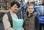 Wie war noch mein Name? Robert (Fritz Karl) und seine Unfallgegnerin Teresa (Anna Loos)