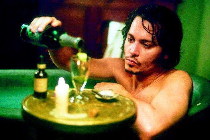 Prost! Johnny Depp sucht Trost im Alkohol