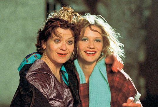 Lachen, das ist das Foto für die Miss-Wahlen! Astrid Meyerfeldt (l.) mit Doreen Jacobi