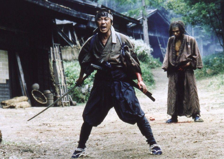 Munezo Katagiri (Masatoshi Nagase, l.) muss gegen seinen alten Gefährten zum Kampf antreten