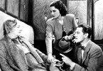Wer hat sie entführt? Margaret Lockwood (M.) und Michael Redgrave befragen Dame May Whitty