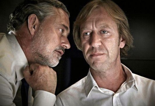 Für Uwe Gonzoldt (Rolf Kanies, l.) und Harald Rösler (Oliver Stritzel) ist Sicherheit wichtiger als Freiheit
