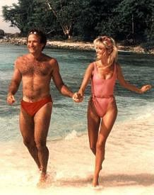 Show me the way to the next whiskey bar - Robin  Williams und Twiggy