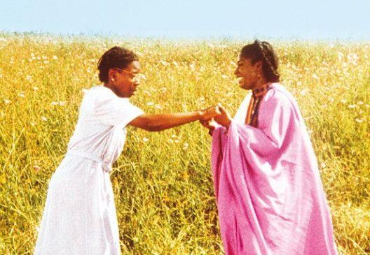 Sieh' das Leben nicht so schwarz! Whoopi Goldberg (l.) und Akosua Busia