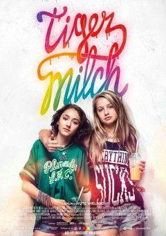 """""""Tigermilch"""" (2017) erzählt von Jameelah (Emily Kusche, links) und Nini (Flora Li Thiemann), die in einem heißen Berliner Sommer viel schneller erwachsen werden, als ihnen lieb sein konnte."""