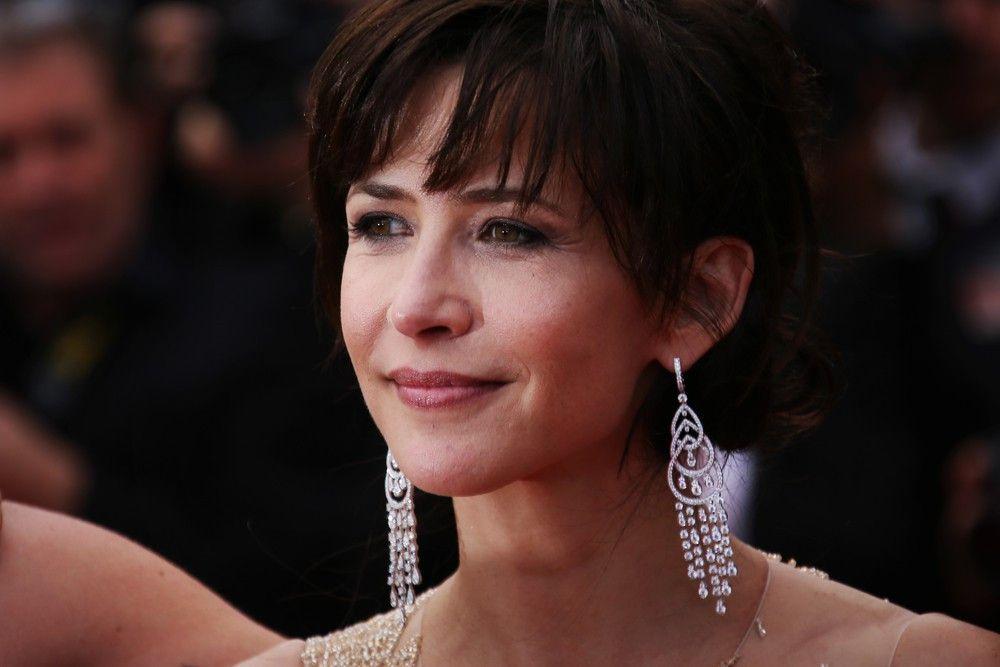 """<p><b>Schauspielerin</b>: Sophie Marceau</p> <p><b>Rolle</b>: Elektra King</p> <p><b>Film</b>: """"James Bond 007 - Die Welt ist nicht genug""""</p>"""