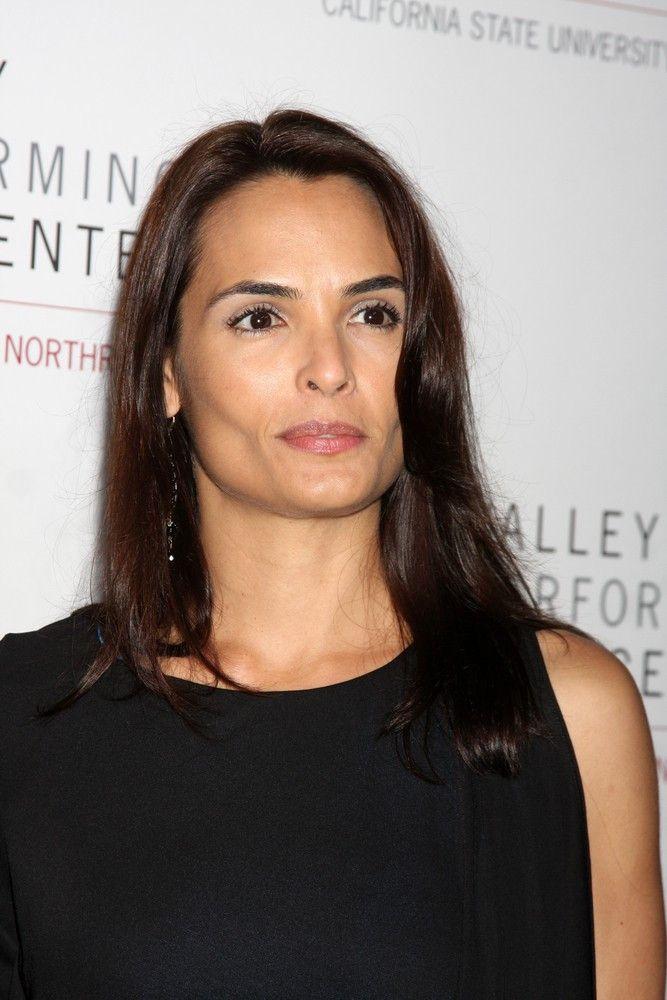 "<p><b>Schauspielerin</b>: Talisa Soto</p> <p><b>Rolle</b>: Lupe Lamora</p> <p><b>Film</b>: ""James Bond 007 - Lizenz zum Töten""</p>"