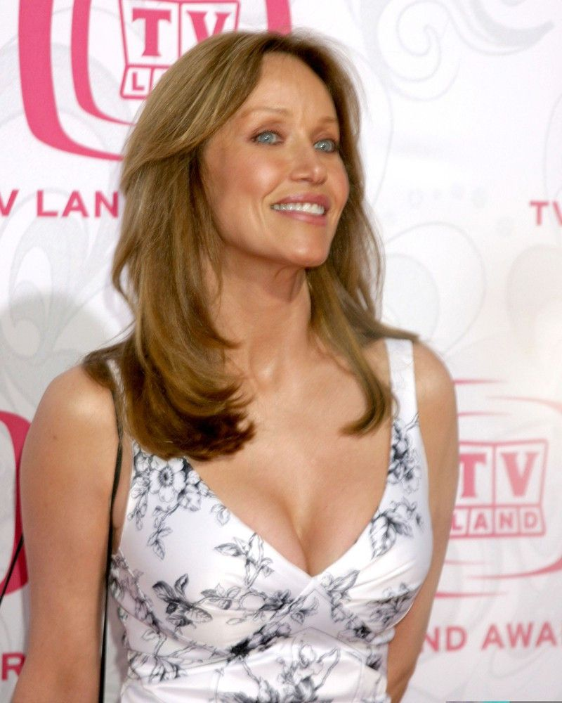 """<p><b>Schauspielerin</b>: Tanya Roberts</p> <p><b>Rolle</b>: Stacey Sutton</p> <p><b>Film</b>: """"James Bond 007 - Im Angesicht des Todes""""</p>"""