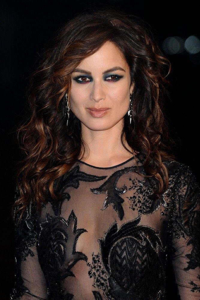 "<p><b>Schauspielerin</b>: Bérénice Marlohe</p> <p><b>Rolle</b>: Sévérine</p> <p><b>Film</b>: ""James Bond 007 - Skyfall""</p>"