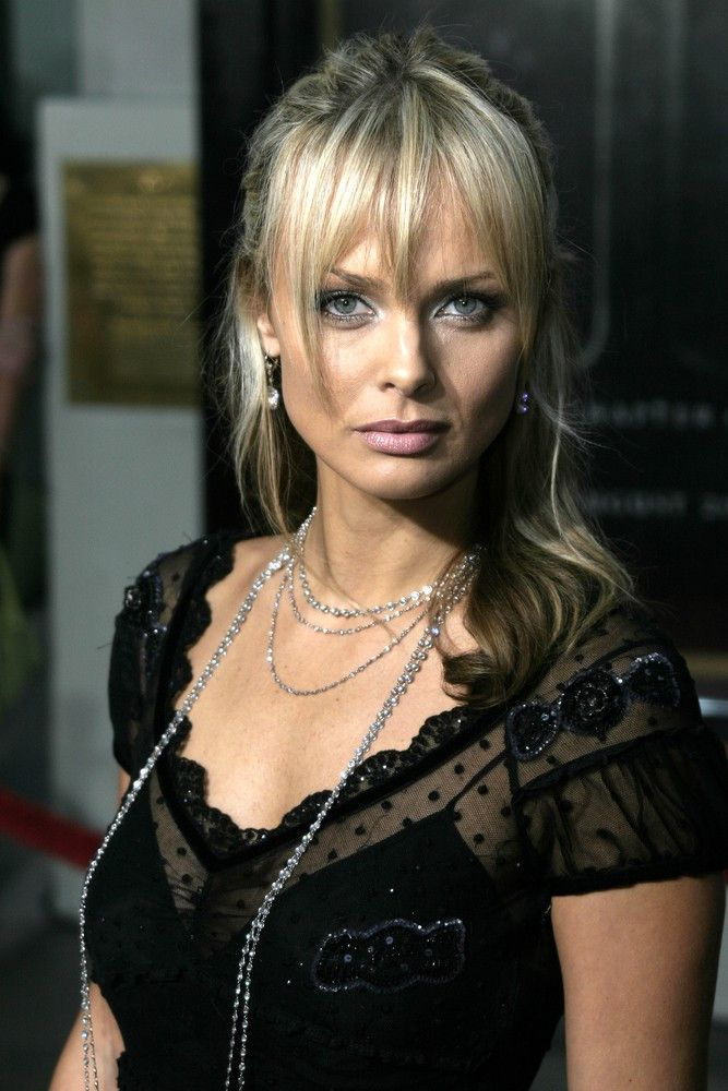 "<p><b>Schauspielerin</b>: Izabella Scorupco</p> <p><b>Rolle</b>: Natalya Simonova</p> <p><b>Film</b>: ""James Bond 007 - GoldenEye""</p>"