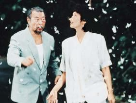 Toll! Es schneit im Sommer! Josephine Siao Fong-Fong und Roy Chiao
