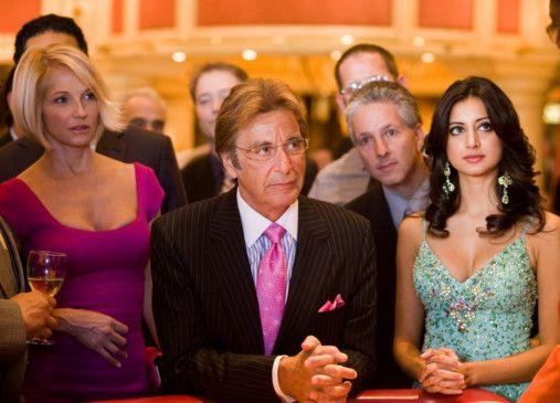 Noch ist er gelassen: Al Pacino mit Ellen Barkin (l.)