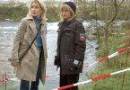 Die Kommissarin (Maria Furtwängler) und die Dorfpolizistin (Johanna Gastdorf)
