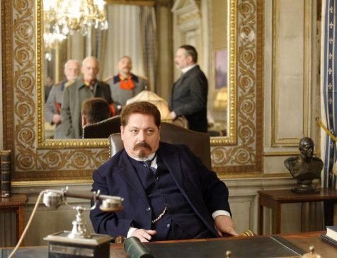 Friedrich Ebert (Jürgen Tarrach) macht sich Sorgen um die Republik